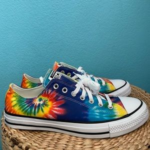 CHUCK TAYLOR ALL STAR RAINBOW TIE-DYE HIGH-TOP